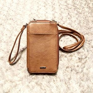 New! Relic crossbody wallet paid $30 Faux leather